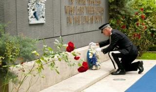 Tribute paid to fallen Met officers