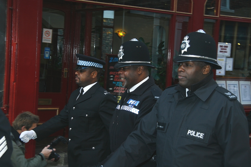Minority communities 'must help' recruit 17,000 more BME officers