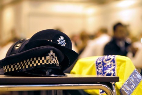 Thousands 'would not choose policing career again'