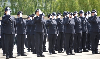 Met has dropped second language skills as a requirement for new recruits