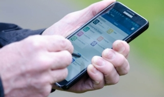 Officers 'are using own phones to capture evidence'