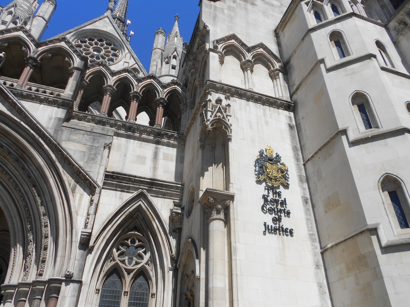 Woman loses bid to have undercover policeman prosecuted over relationship