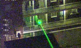 Tougher sentences for shining lasers at pilots planned