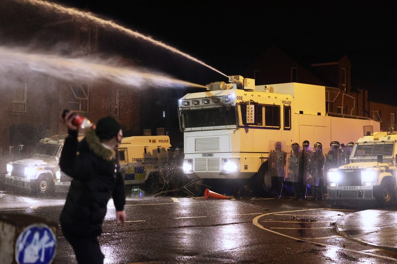 PSNI officers used water cannon to disperse the rioters