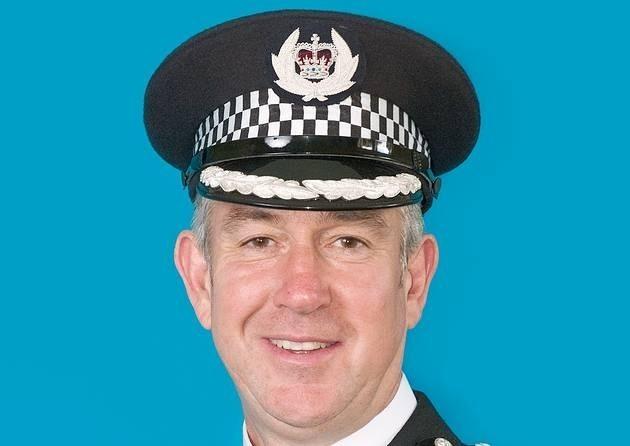 Kent chief announces retirement