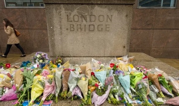 In memory: Flowers for the London Bridge victims