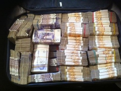 Drug Arrest: Half A Million Pound Cash Seizure | UK Police ...