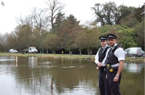 Officers Praised After Lake Rescue