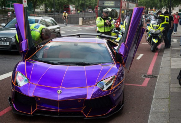 Princes Glam Supercar Impounded By Police Uk Police News