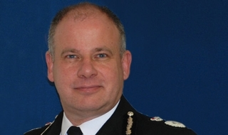 Met to scrap chief inspector and commander ranks by 2018