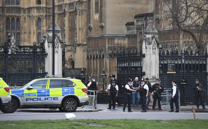 Officers at Carriage Gates, Parliament. Photo: PA Wire