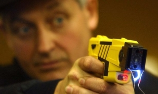 Public panels to adopt 'close oversight' in police use of Tasers