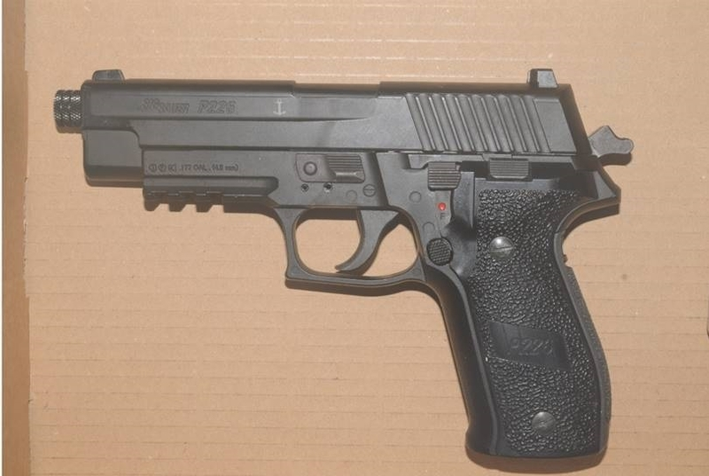 Replica: Sam Houlihan bought the Sig Sauer P226 air pistol on the morning of the incident