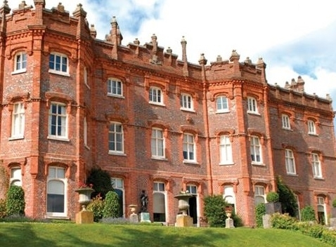 Hughenden Manor: Scene of consensual sex
