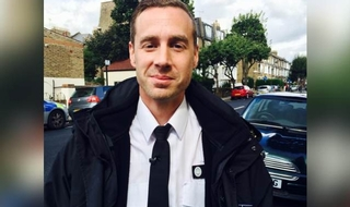 Sergeant who tackled knifeman wins Police Bravery Award