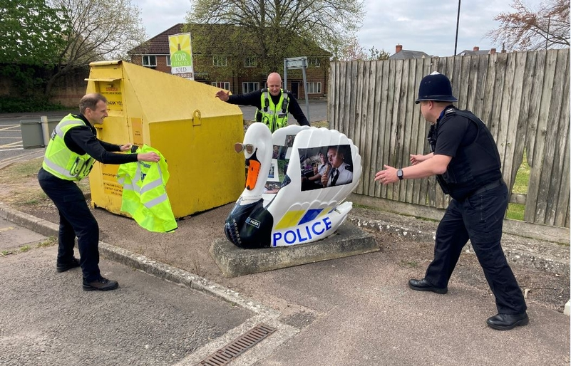 Avon and Somerset officers and Hot Fuzz Swan move to new site