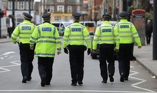 Met calls on retired PCs and sergeants to rejoin the force