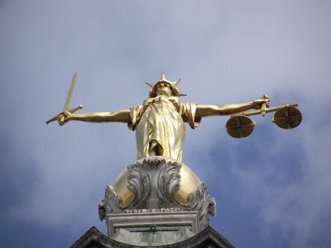 Vulnerable witnesses 'to give pre trial evidence'