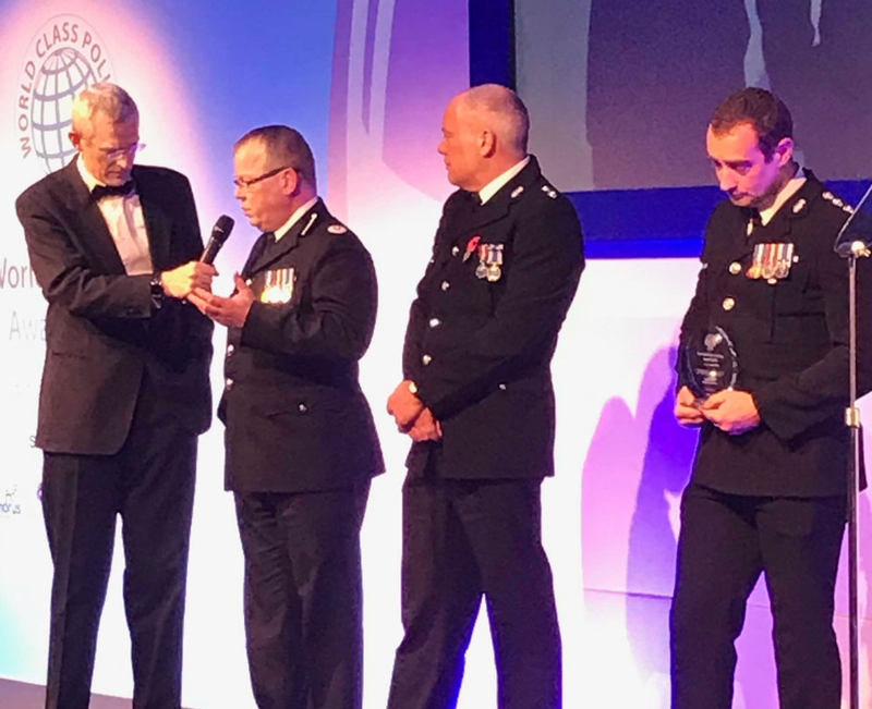 Jeremy Vine presents the award to Devon and Cornwall