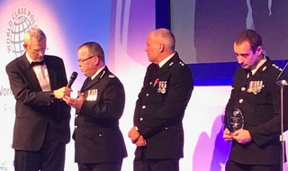 UK force wins world policing award for child referral scheme
