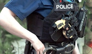 Warning UK police are 'behind curve' on taser