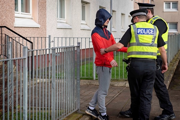 Forces praised for 'impressive' response to child offenders