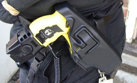 'Inappropriate' Taser discharge: Officers reprimanded