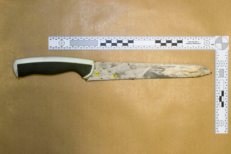 Profile of attacker's knife: