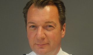 Suspended Met borough commander is reinstated