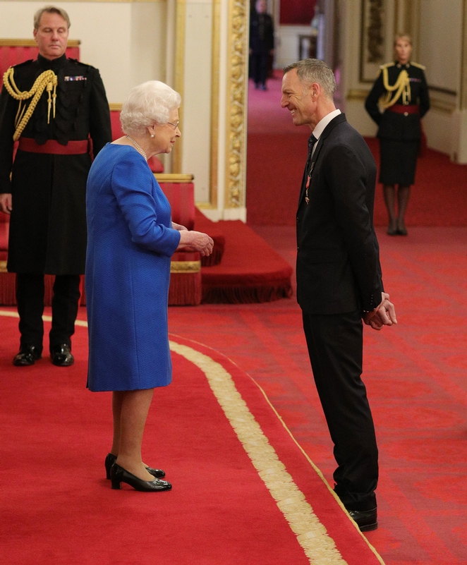 Counter Terrorism Command officer receives OBE from the Queen